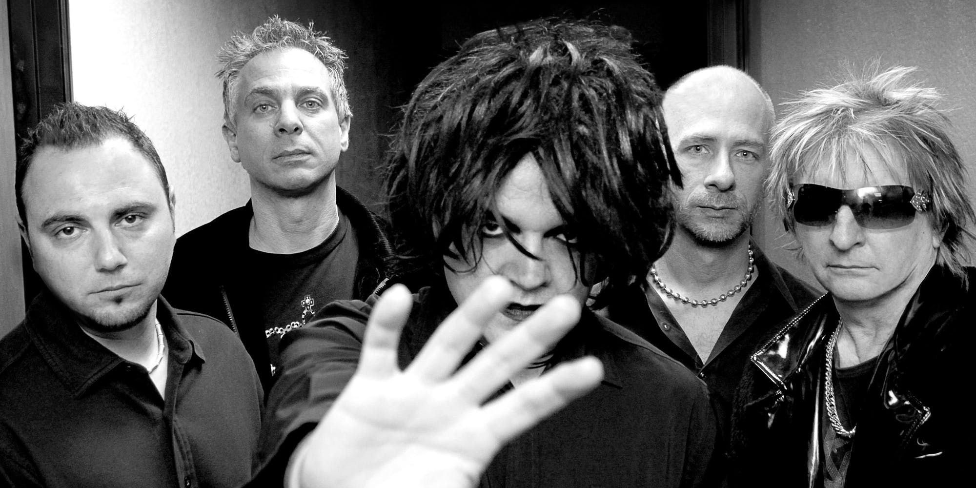 Promo image of Le Cure: The Cure Tribute